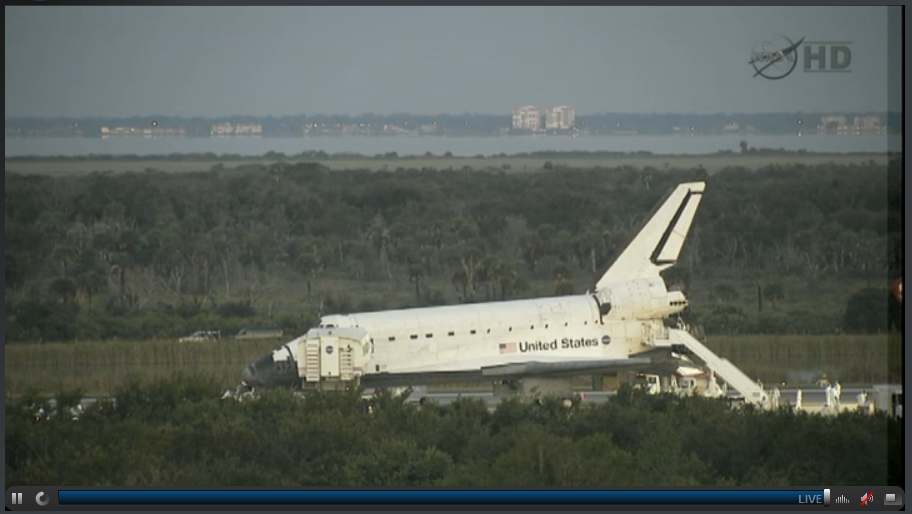 NASA - Atlantis has landed #2.jpg